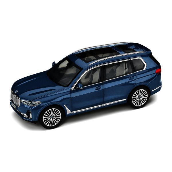 Модель BMW X7